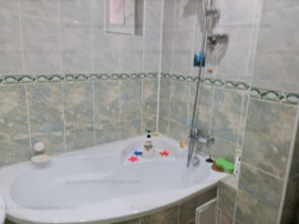 Apartament 4 camere zona zona Calea Nationala,Farmacia Husac