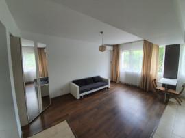 Iancu Nicolae, Jolie Vile, Apartament cu 2 camere