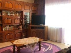 Apartament 3 camere, Teilor, 1500 lei