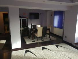 Apartament cu 3 camere modificat din 4 camere ultracentral