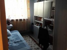 COLOSSEUM: 3 camere decomandat zona Vlahuta
