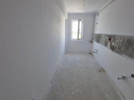 Apartament 2 camere, decomandat, 42mp utili, balcon spatios