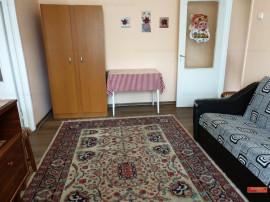 Apartament doua camere, mobilat si utilat, etaj unu, Narcisa
