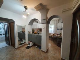 Apartament cu 2 camere în zona Gării