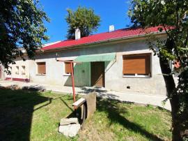 Apartament la casa - Curte comuna - zona calea Clujului.