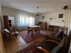 COLOSSEUM: Apartament 2 camere - zona Schei