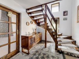 Casă cu 4 camere de vânzare în Vladimirescu