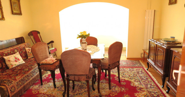 Apartament 5 camere - Zona Praporgescu
