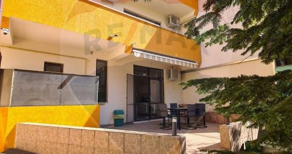 Casă / Vilă cu 8 camere în zona Mihai Bravu -Metrou Pi...