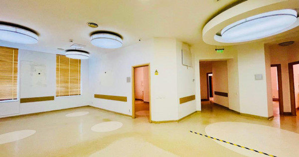 Spatiu Comercial Zona Centrul Istoric - cod 5643