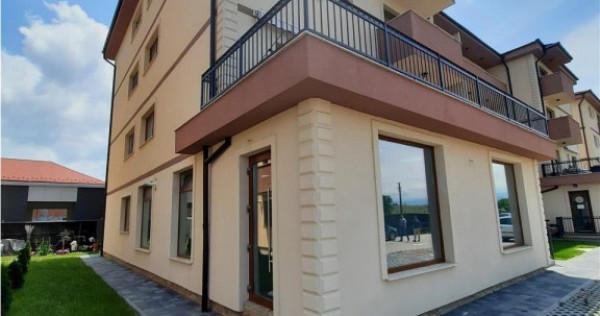 Apartament etajul 1 cu 3 camere 2 balcoane Calea Surii Mici