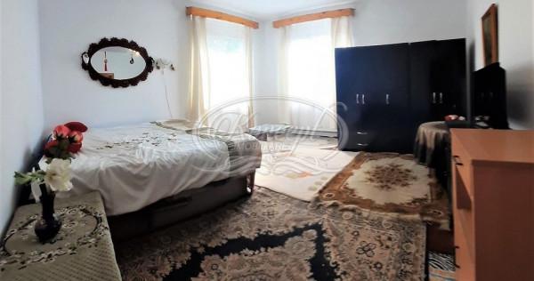 Apartament la casa în zona Engels