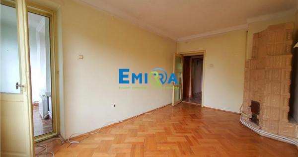 Ultracentral apartament 3 camere decomandate. Garaj. Boxa
