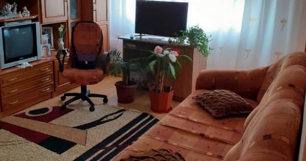 !!!Pret redus !!! apartament 2 camere calarasi 4