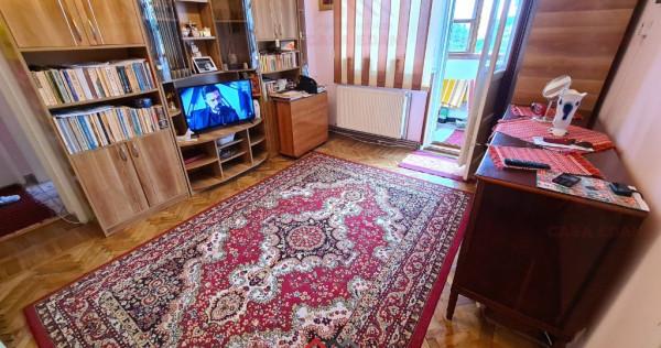 Apartament 2 camere in Campina,ultracentral, 48 mp util, et4