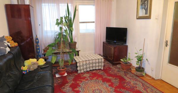 Apartament 4 camere Micalaca - Zona 100