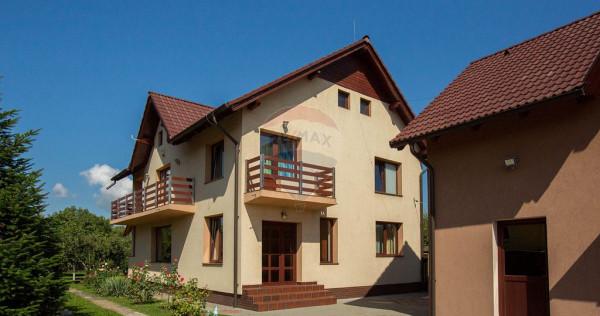 Proprietate de vânzare compusă din 2 clădiri, curte ș...