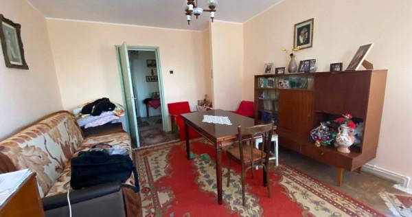 Apartament dec. 3 camere, vedere la Dunare, Faleza, 77mp