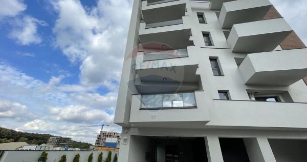 Apartament cu 2 camere DE INCHIRIAT zona BANEASA