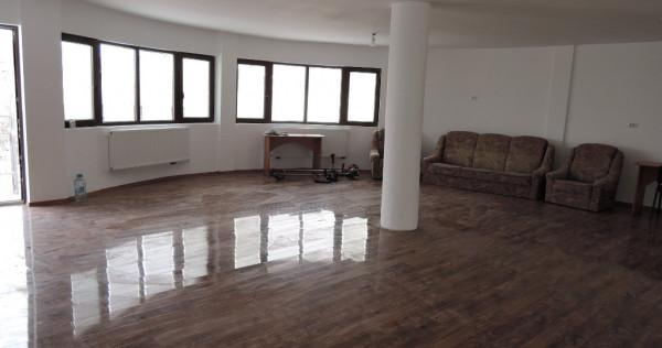 Casa 4 camere, 100 mp, zona Horpaz