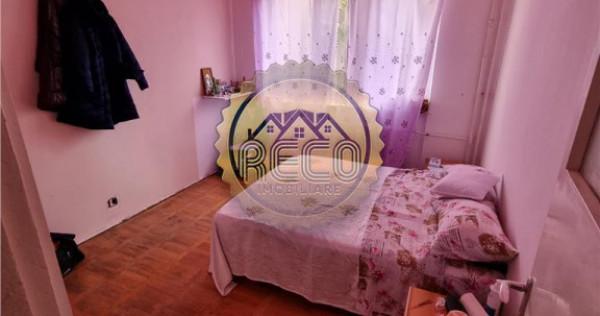 Apartament 2 camere semidecomandat, Oradea, zona Rogerius