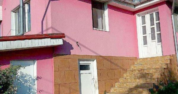 Casa 3 camere in Oradea - Lăzăreni Central