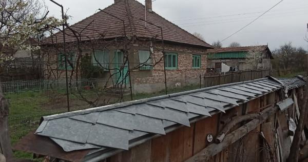 Casa din caramida Darmanesti
