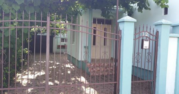 Casa 4 camere Chisineu Cris, Arad Str. Cuza Voda