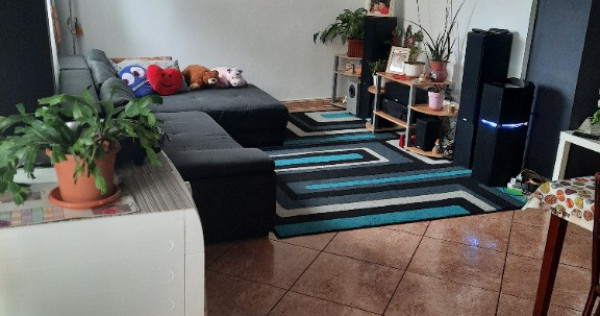 Apartament cu 3 camere în Turda, zonă centrală