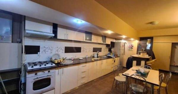 Apartament cu 2 camere ZONA VIVO