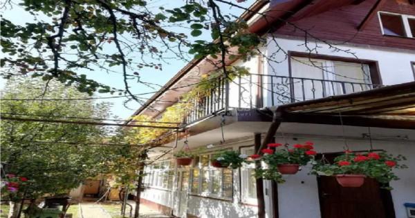 Casa P E M, 7 camere, 3 bai- Brasov