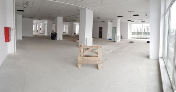 Spatiu comercial open space, zona Piata 1 Mai