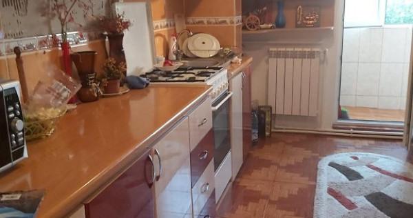 Apartament cu 2 camere in Piata Centrala