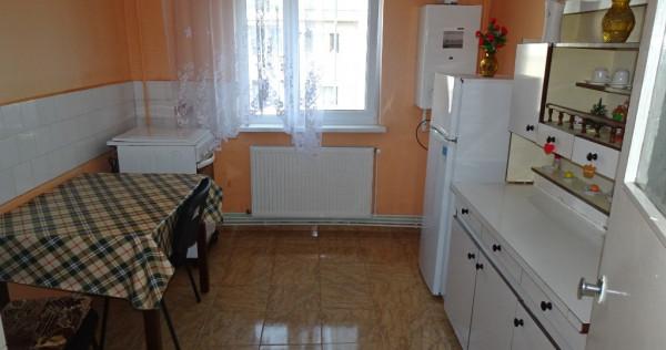 Apartament cu 2 camere decomandat in Deva, strada Zamfirescu