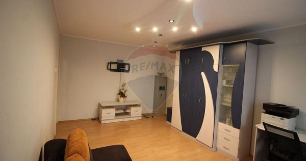 Apartament de vanzare 2 camere Cantemir