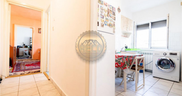 Apartament 2 camere,semidecomandat,Oradea,zona Iosia