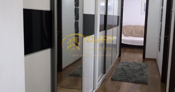 Apartament cu 2 camere, Decomandat, zona Podu Ros- Palas