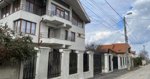 Vila D+P+ 2E+M-- zona Elvila