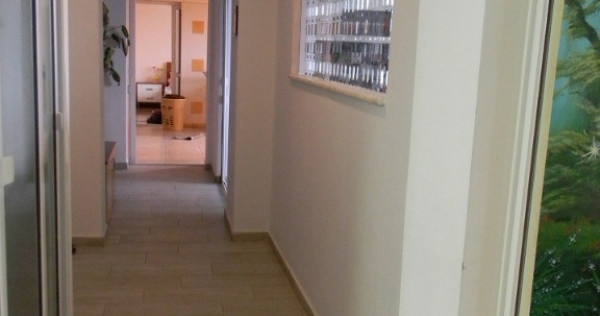 Apartament 4 camere, cartier Craiter