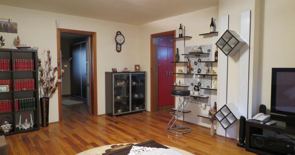 Apartament de LUX 3 camere Micalaca - Zona 100