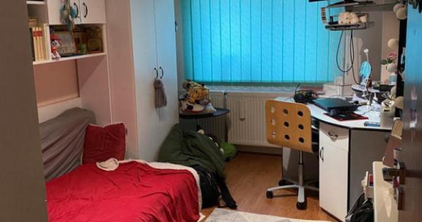Apartament 3 camere Sebastian de