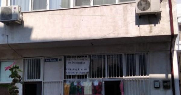 Închiriez spațiu comercial/birouri Aleea Rapsodiei, nr.1