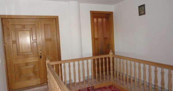 Vila 10 camere Aradul Nou 1635