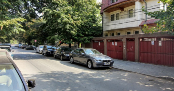 Mosilor - Obor,vila 390 mp,garaj,teren 369 mp,locuinta/birou