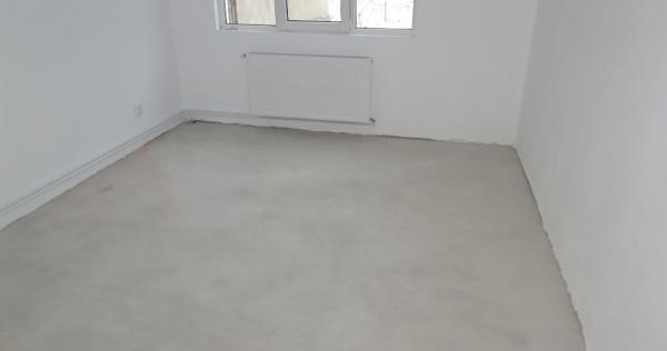 Apartament cu una camera in Deva, semifinisat, Micro, et.1