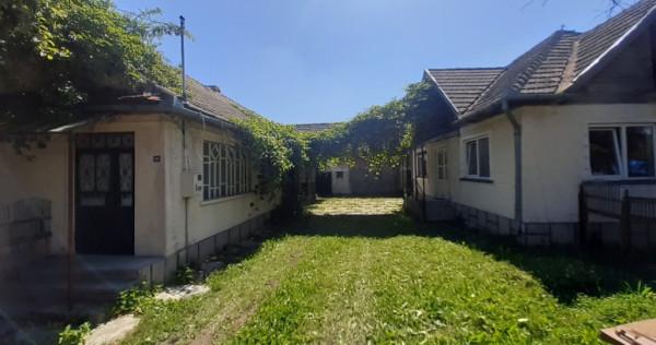 Case în zonă turistică Acris, Brasov, Vama Buzăului.