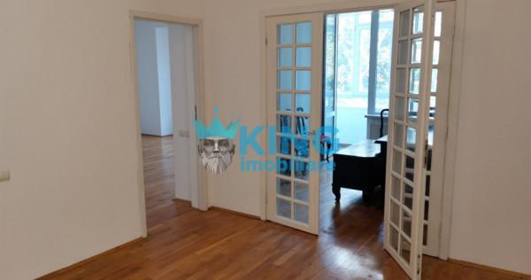 Unirii | Apartament 4 Camere | Spatiu Birou | Nemobilat | Ce