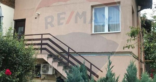 Casă / Vilă cu 4 camere de vânzare în zona Berceni