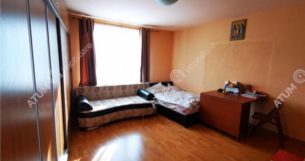 Casa individuala cu 3 camere decomandate zona Lupeni din Sib