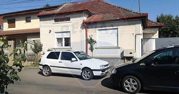 Două case, zona Titulescu,Teren 223mp